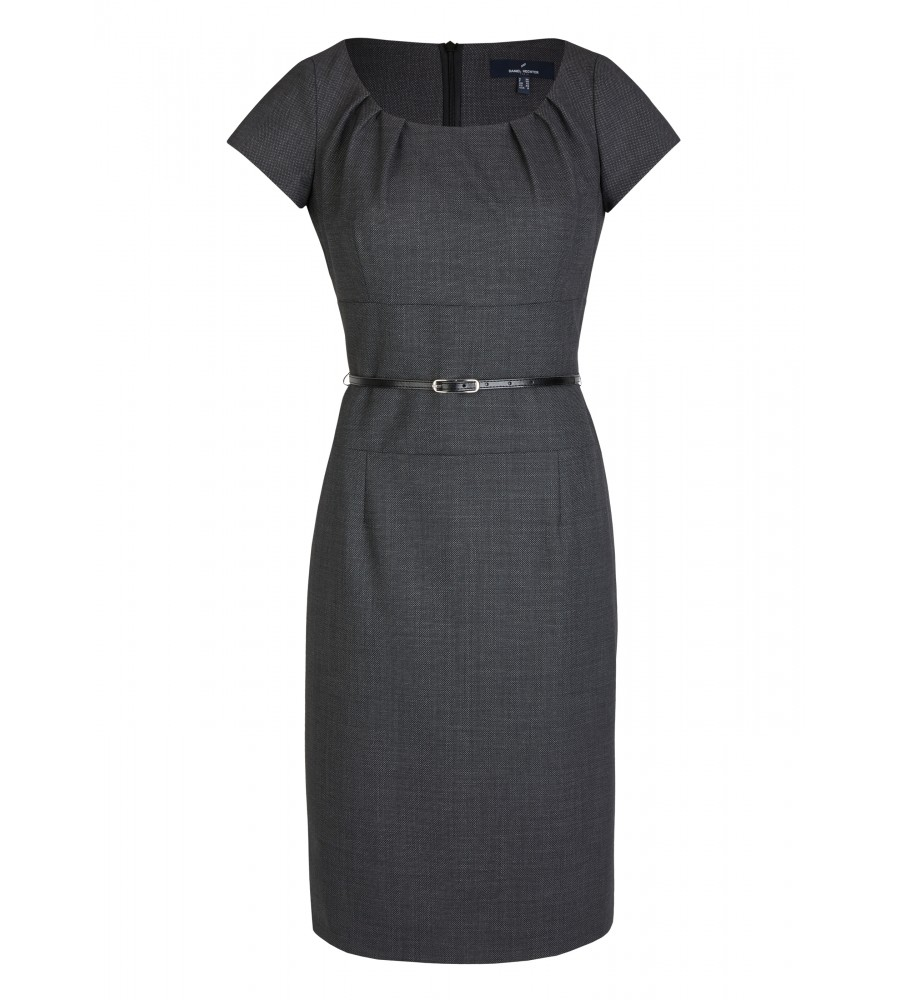 Woll-Kleid mit Taillengürtel - Dieses feminin geschnittene Kleid von Daniel Hechter passt sowohl zu Business- als auch zu Freizeit-Anlässen. Durch den schmalen Gürtel wird die Taille betont, während die edel strukturierte Warenqualität für eine modische Optik sorgt. Ein passender Blazer ist ebenfalls erhältlich. Durch das Material aus hochwertiger Kunstfaser mit Woll- und Stretch-Anteil trägt sich das Kleid sehr angenehm.