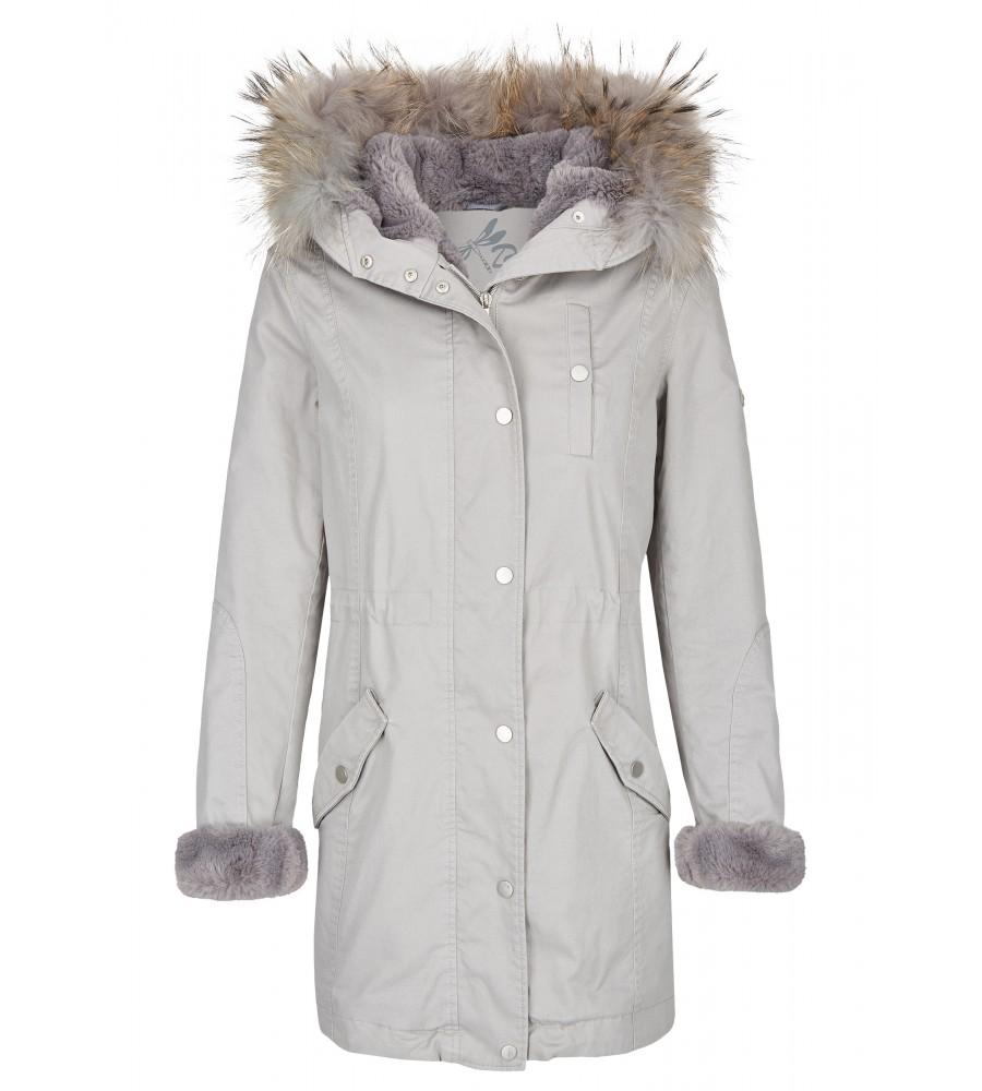 Modische Winterjacke - Mit dieser Jacke von Daniel Hechter kommen Sie stilvoll durch die kalte Jahreszeit. Die Jacke lässt sich mit einem Kordelzug taillieren und hält dadurch kuschelig warm und sorgt zugleich für eine feminine Silhouette. Der Look ist gekennzeichnet durch einen verdeckten Rei�verschluss, eine Knopfleiste und einen Kapuzenkragen. Faux-Fur-Applikationen an �rmeln und Kapuze sorgen für den Trend-Faktor.