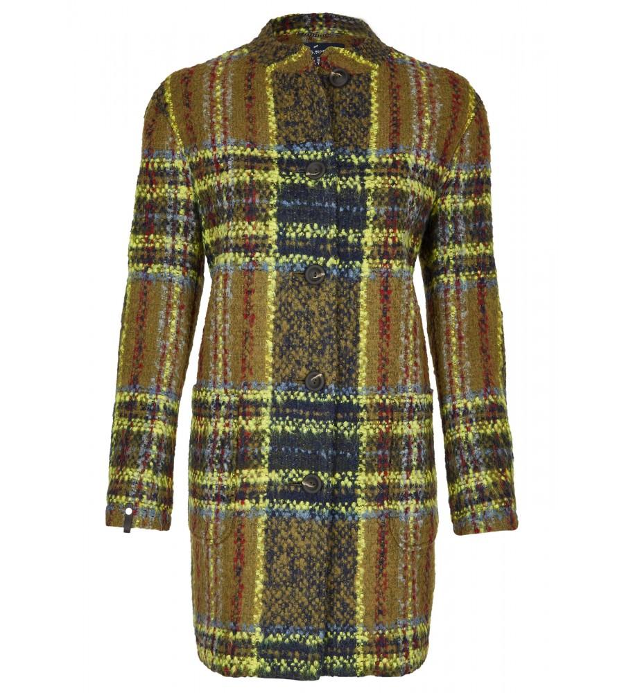 Modischer Mantel - Mit diesem modischen Mantel von Daniel Hechter kommen Sie ohne zu Frieren durch den Winter! Durch seinen modischen Look dem auffälligen Karo-Muster und dem geraden Schnitt lässt er sich sehr vielseitig kombinieren, beispielsweise zu Jeans oder Röcken. Der Mantel lässt sich mit einer gro�en Knopfleiste verschlie�en. Der Look wird abgerundet durch den Stehkragen.