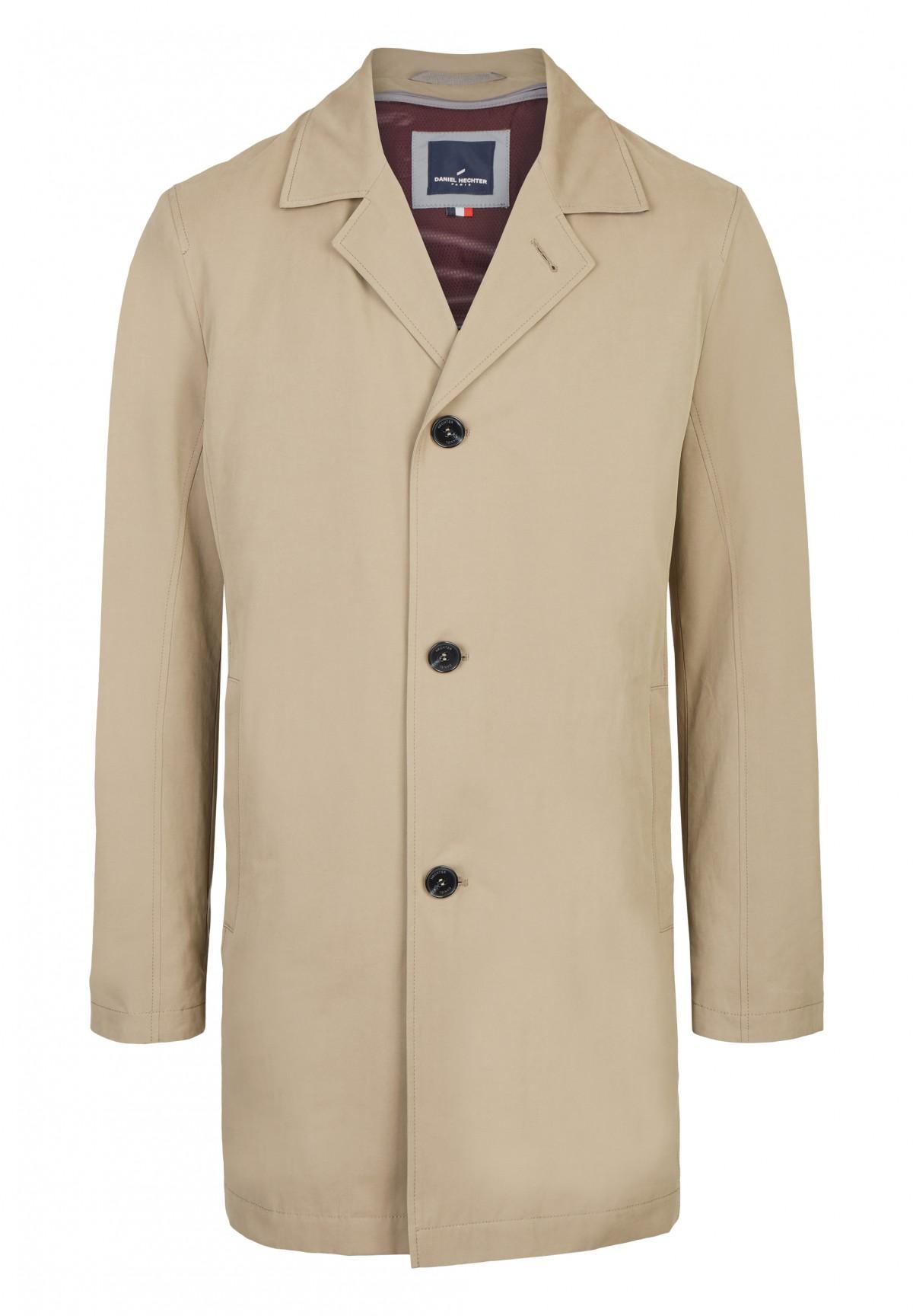 Manteau en Micotec combinant les propriétés du coton et des fibres synthétiques /