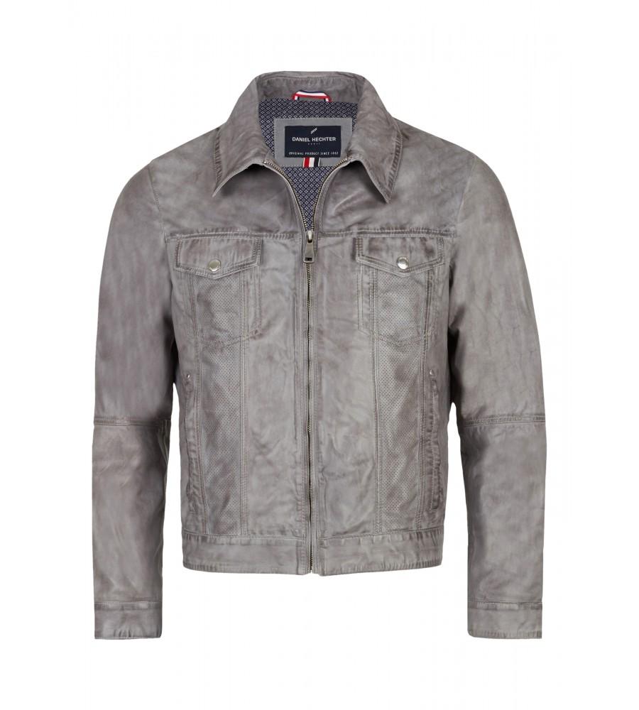 Trendige Lederjacke - Mit dieser lässigen Lederjacke von Daniel Hechter liegen Sie voll im Trend! Sie ist in einer modernen Jeansjacken-Form geschnitten, verfügt über einen Kragen, modische Einsätze aus perforiertem Leder und eine trendige Two Tone Färbung. Die Jacke besteht aus feinstem Lamm-Nappaleder mit sehr weicher Haptik.