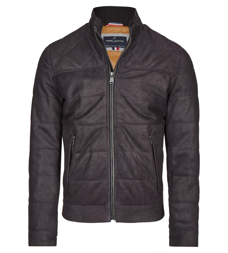 Lederjacke in Stepp-Optik - Eine lässig-elegante Lederjacke wie dieses Modell von Daniel Hechter ist ein essentieller Bestandteil jeder Garderobe. Als modischer Klassiker ist sie vielseitig kombinierbar und verleiht Outfits einen Hauch lässige Moderne. Die Jacke ist im kurz geschnitten und besteht aus hochwertigem, weichem Ziegen-Nubukleder. An Kragen, �rmeln und Säumen ist sie mit geripptem Strick abgesetzt.