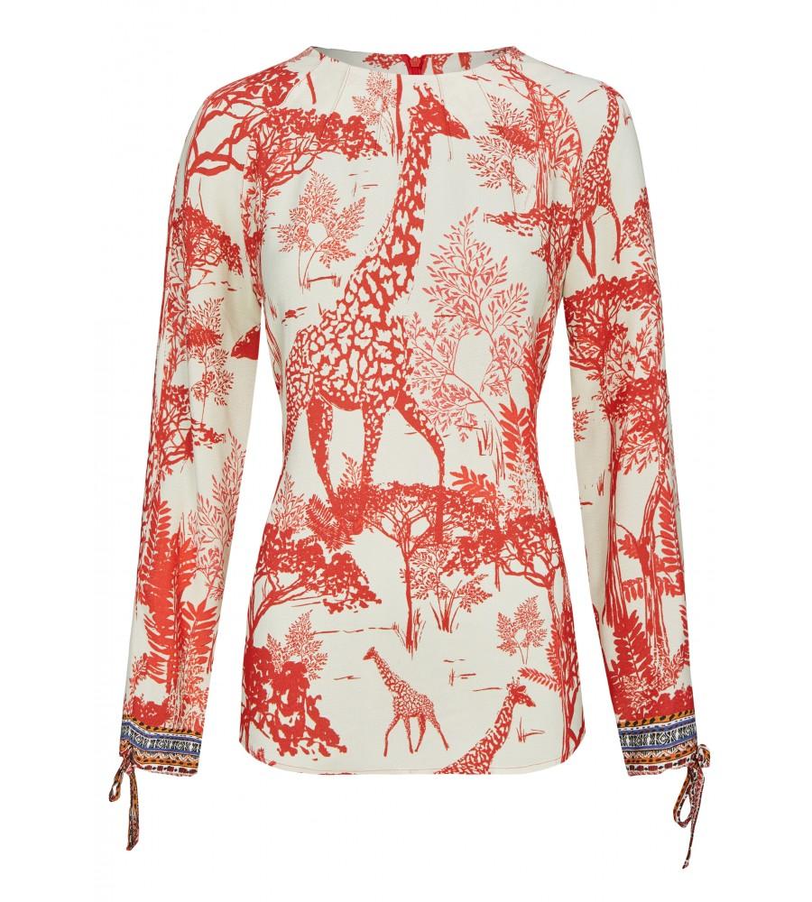 Modische Bluse im Ethno Style - Beweisen Sie Trendbewusstsein mit dieser modischen Bluse von Daniel Hechter. Sie präsentiert sich im angesagten Ethno-Stil und verfügt über viele modische Details wie beispielsweise dem Rundhalsausschnitt mit Raffung. Die Bluse besteht aus sommerlich leichter Qualität aus reiner, flie�ender Viskose.