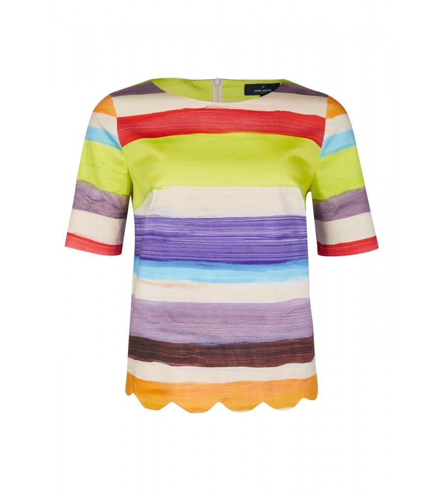 Modische Bluse - Diese modische Bluse von Daniel Hechter macht Lust auf Sommer! Sie kommt leichter Qualität aus einem hochwertigen Baumwoll-Mix, der perfekte Trageeigenschaften verspricht und sich auch an hei�en Tagen angenehm trägt. Der feminine Rundhalsausschnitt und der verkürzte Schnitt lassen einen tollen Look entstehen.