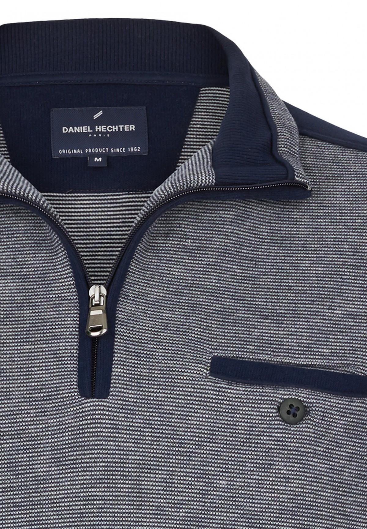 Sweatshirt confort à col zippé /