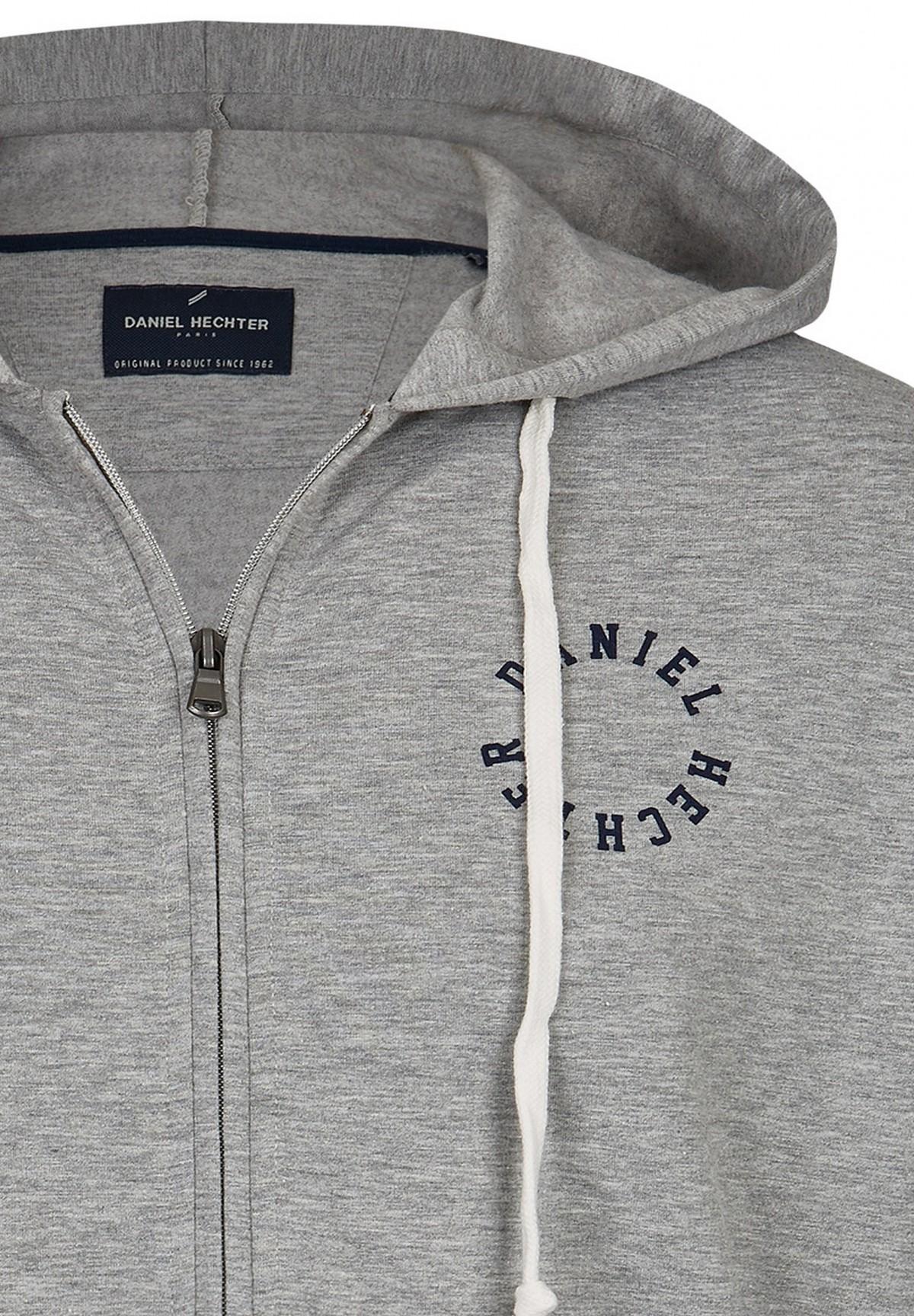 Sweatshirt à capuche zippé /