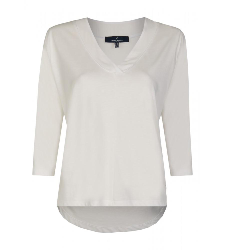 Modernes Shirt mir raffiniertem Rückenteil - Das modische Shirt von Daniel Hechter ist ein Must-Have für die kommende Saison. Es präsentiert sich mit einem femininen V-Ausschnitt, einem raffinierten Rückenteil und darüber hinaus einem minimalistischen Design. Der Baumwoll-Lyocell-Mix verspricht eine perfekte Passform, Formstabilität und einen tollen Tragekomfort.
