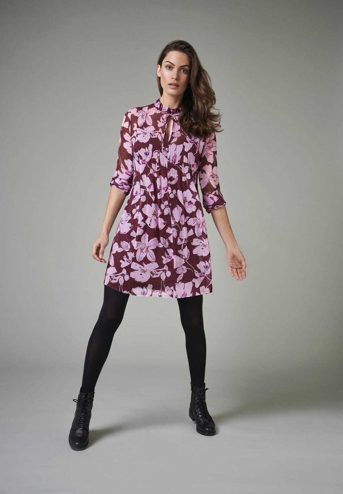 Feminines Kleid mit verspielten Details / Chiffon Dress