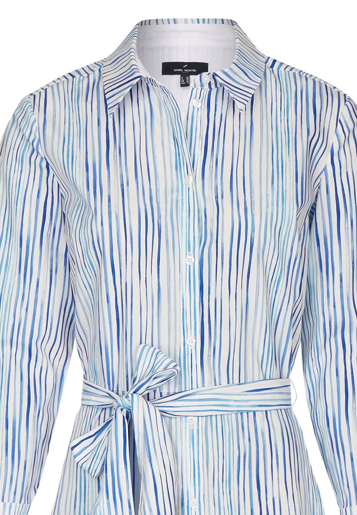 Robe chemise avec ceinture /