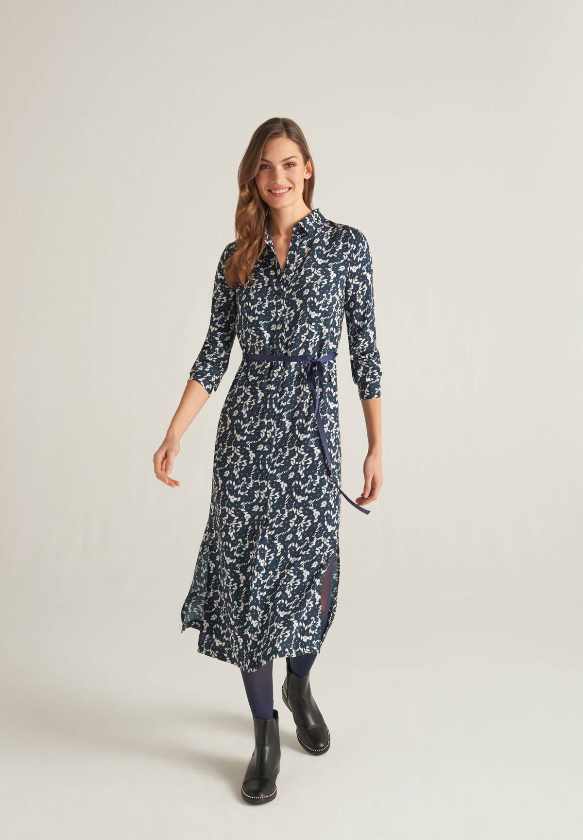 Trendiges Kleid mit Print / Dress